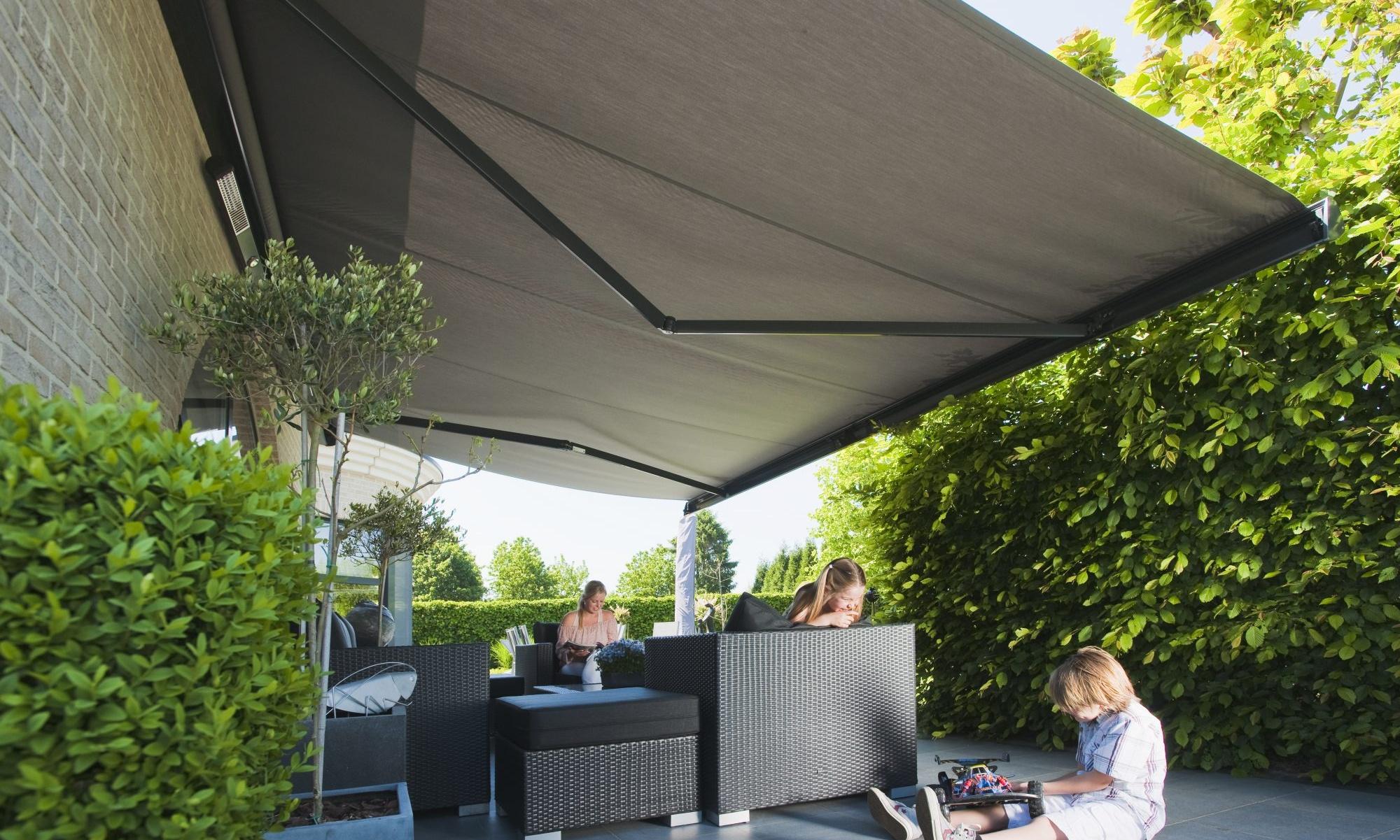 etibat protection solaire int rieur ext rieur stores et toitures lame. Black Bedroom Furniture Sets. Home Design Ideas